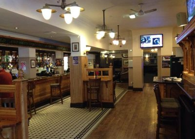 bull_and_royal_preston_city_centre_bar_pub_gallery (21)